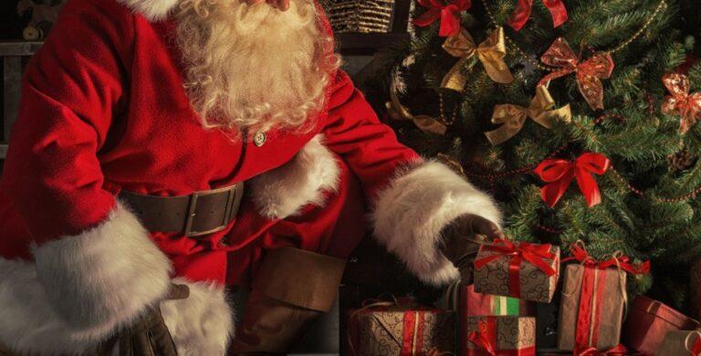 Τα καλύτερα Χριστουγεννιάτικα τραγούδια στο HellenicMail Radio!